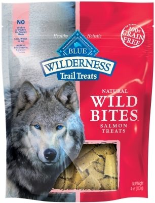Blue Buffalo BLUE Wilderness Wild Bites Dog Treats,Salmon, 4 oz
